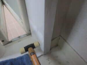風呂場の羽アリを調べ方